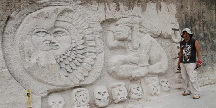 Artista hondureño Alejandro Salina crea esculturas talladas en piedra