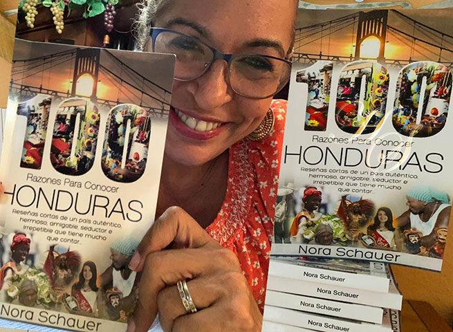 Nora Schauer lanza su libro 100 razones para conocer Honduras
