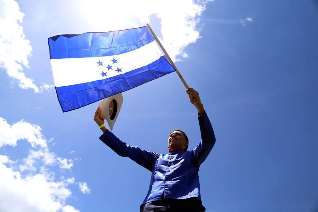 Deberes y Derechos de los hondureños