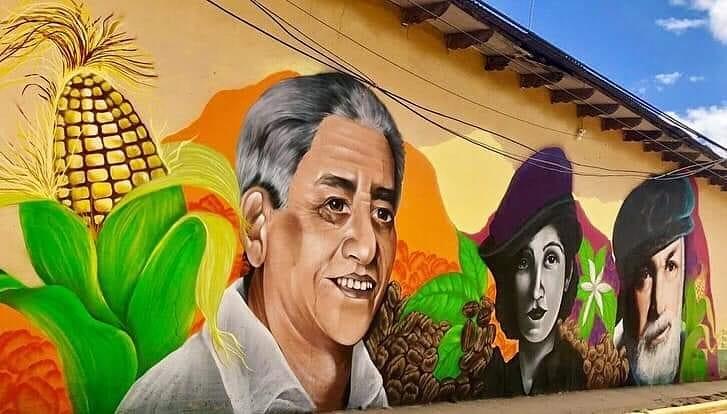 Artistas hondureños crean mural de escritores y poetas en Yoro