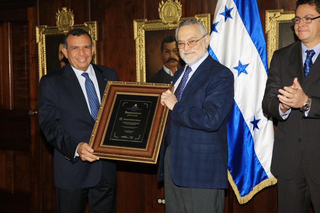Salvador Moncada, científico hondureño