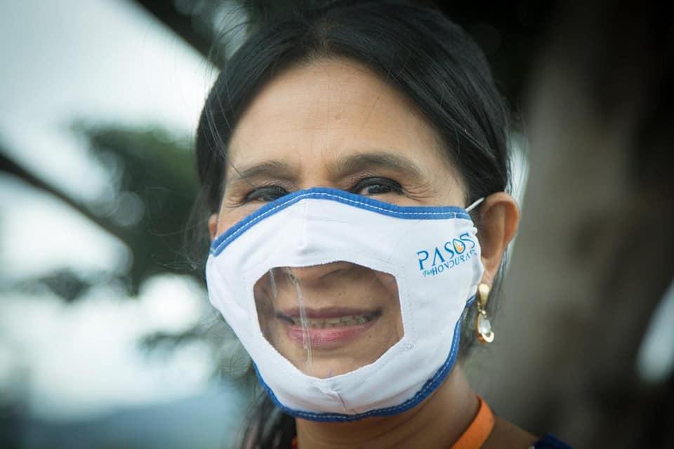 Marca Vos Honduras creó mascarillas inclusivas