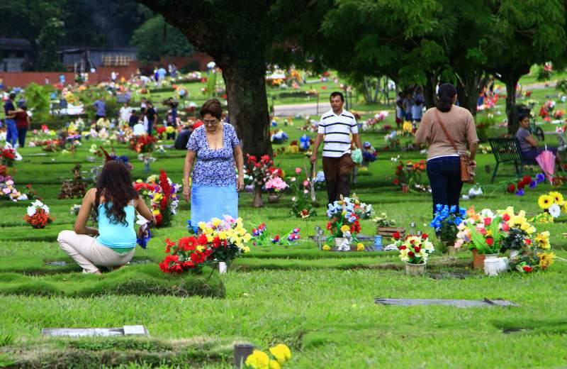 Celebración del día de los muertos en Honduras