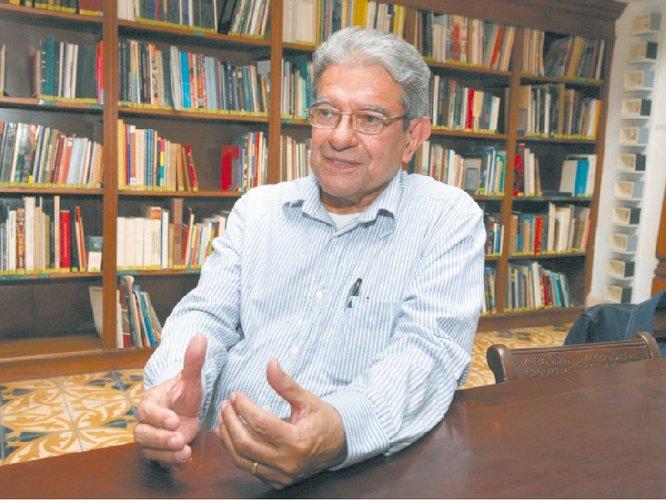 Biografía de Marcos Carías Zapata