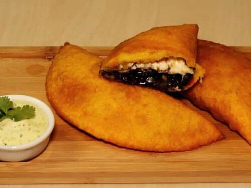 Receta de Empanadas rellenas de frijol con queso