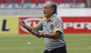 Biografía del técnico José de la Paz Herrera «Chelato»