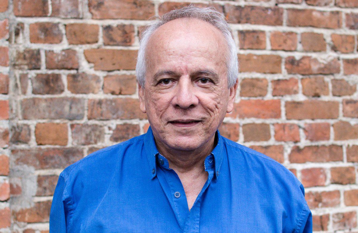 Biografía del escritor Julio Escoto