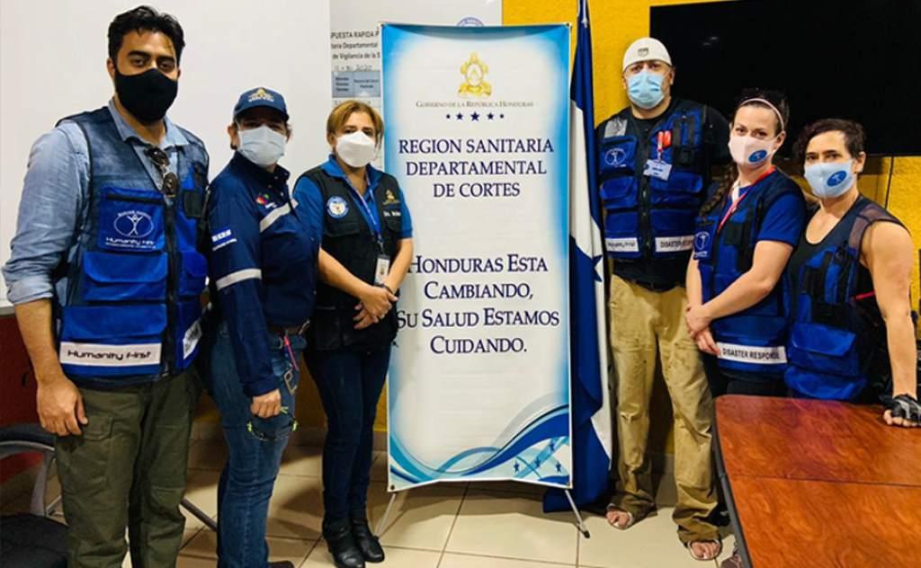 Médicos de Estados Unidos llegan a Honduras para tender a afectados