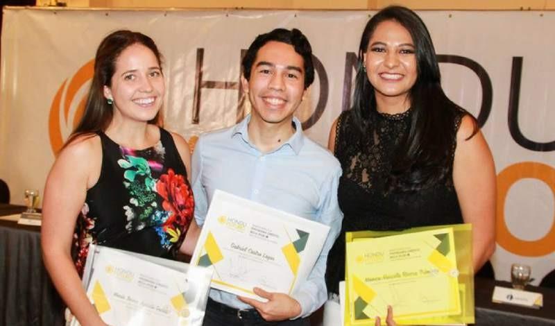HonduFuturo lanza convocatoria para becas de posgrado