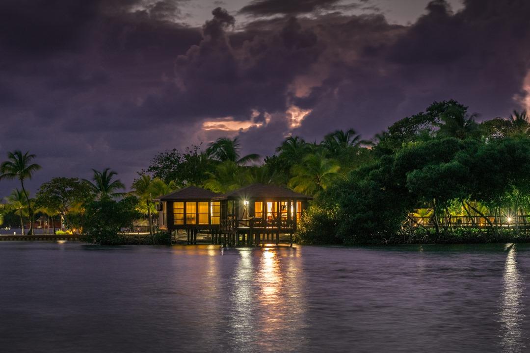 Anthony's Key Resort, Un hotel dentro de la Isla de Roatán