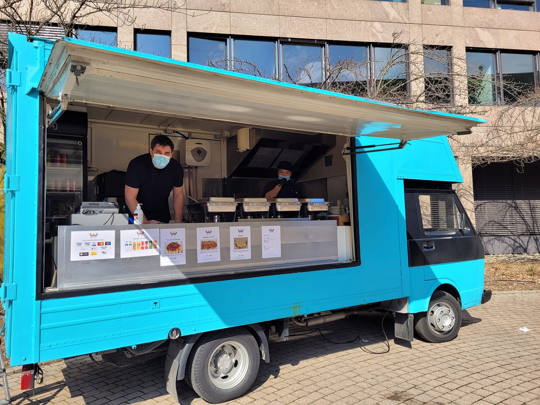 Awesome Meals Sàrl: Food Truck de comida hondureña en Suiza
