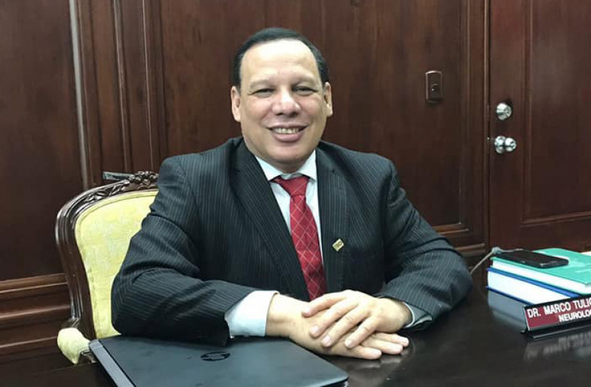 Revista Lancet Neurology destaca al hondureño Marco Tulio Medina