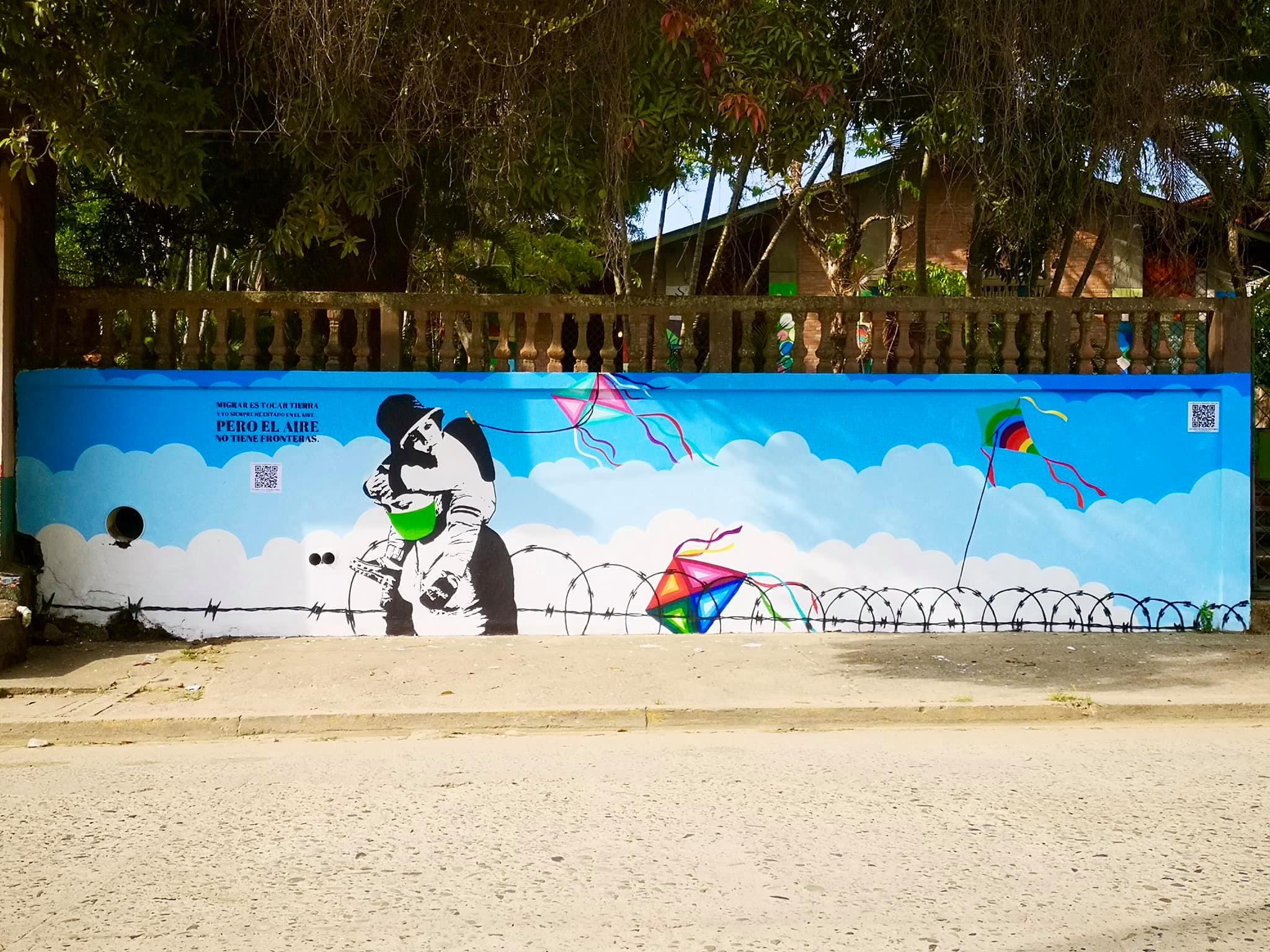 Colectivo Culturas Vivas crea mural como homenaje a los migrantes