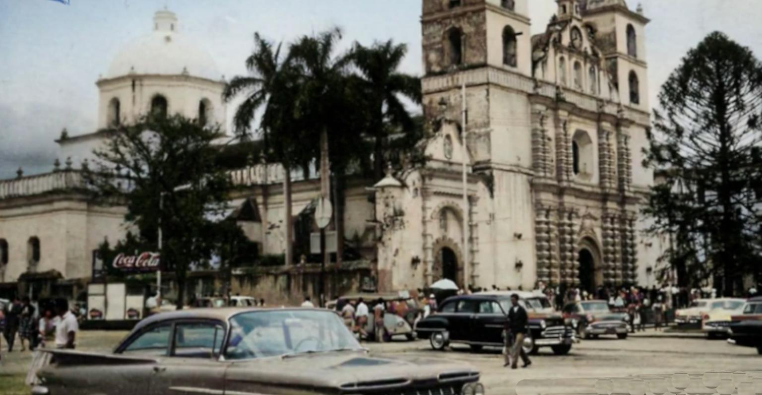 Videos de YouTube que muestran fotos de cómo era Honduras en la antigüedad