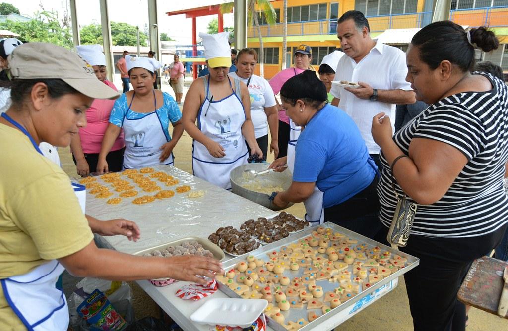 Realizarán primera feria de emprendedores hondureños en Los Ángeles