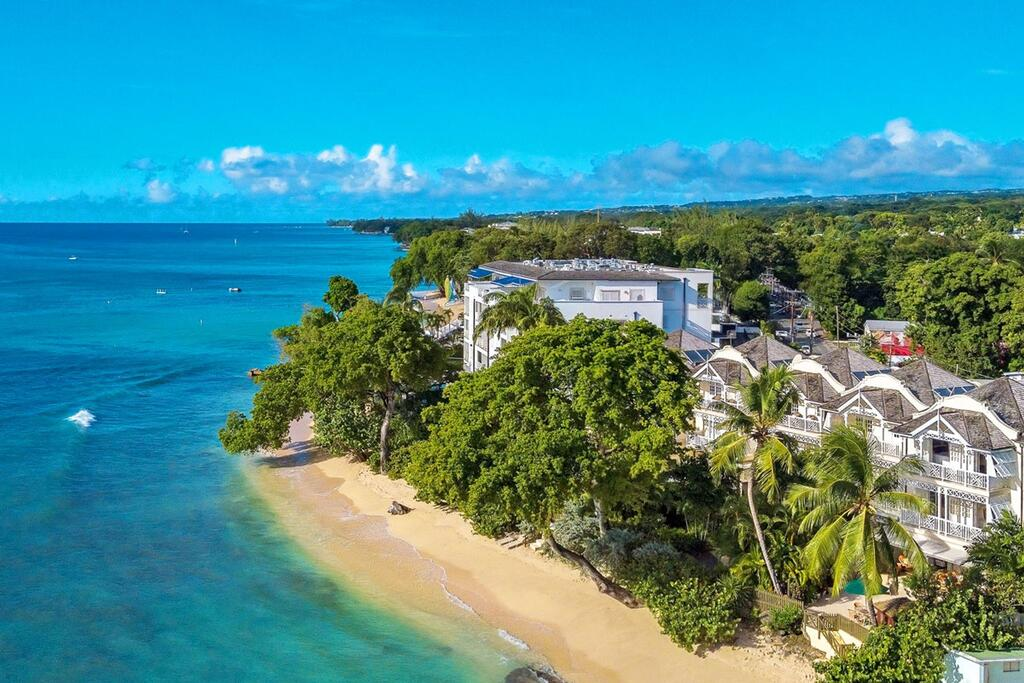 Mahogany Beach, paraíso del caribe de Roatán