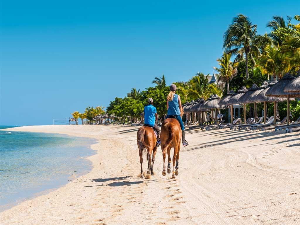 Recorrido a caballo por la Isla de Roatán