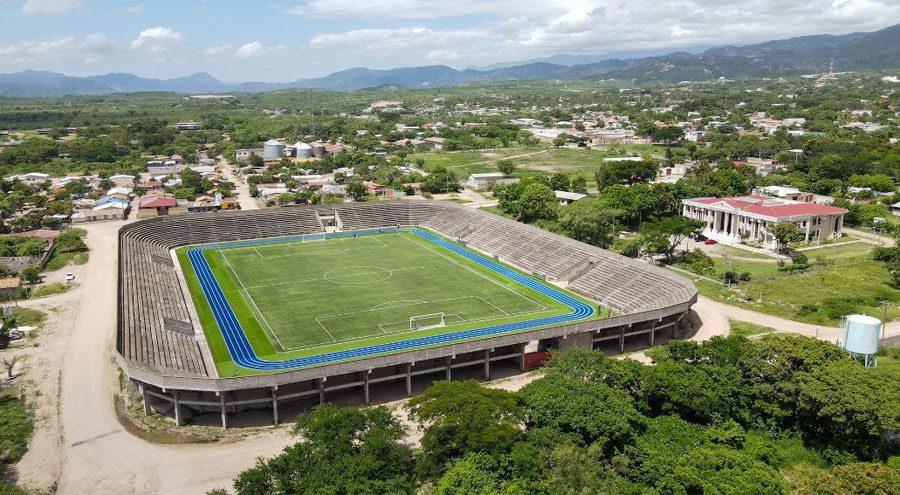 Entregan remodelado el Estadio Roberto Suazo Córdoba de La Paz
