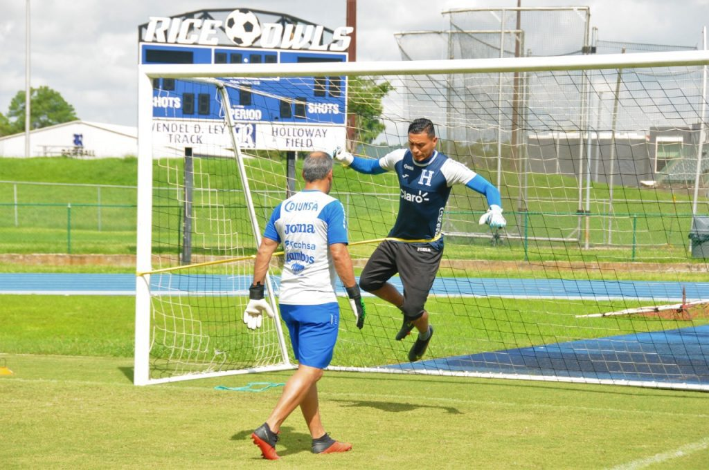 Entrenamiento de la Selección de Honduras para el partido contra Panamá en Copa Oro