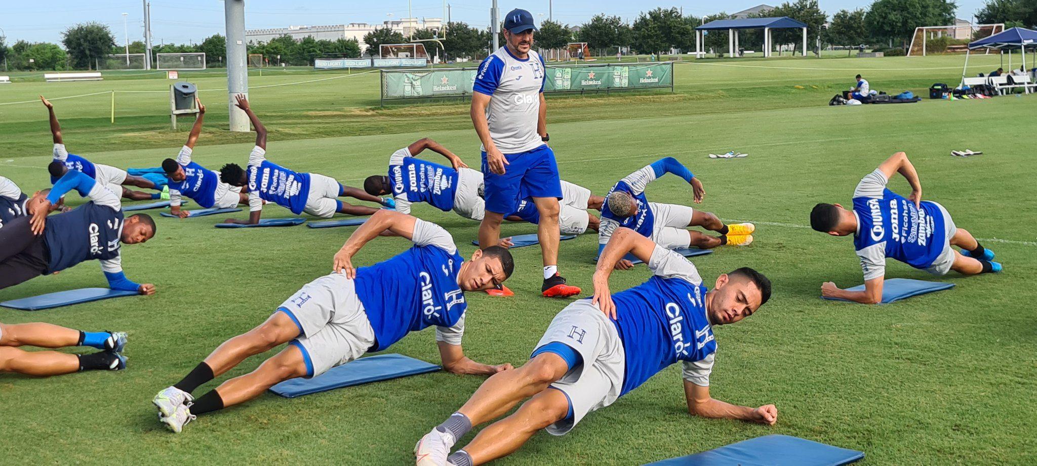 Selección de Honduras entrena por última vez en Houston previo a su viaje a Phoenix