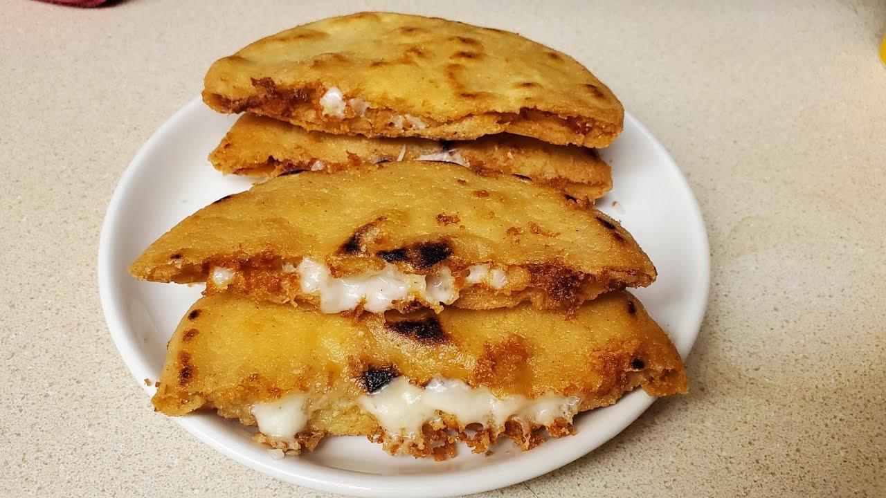 Receta tortilla de maíz con quesillo y chismol