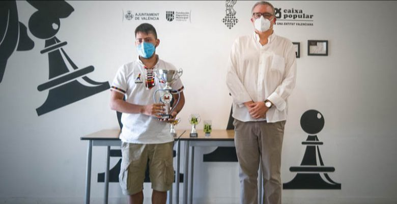 Hondureño Nahún Gavarrete, campeón del torneo de ajedrez en Valencia