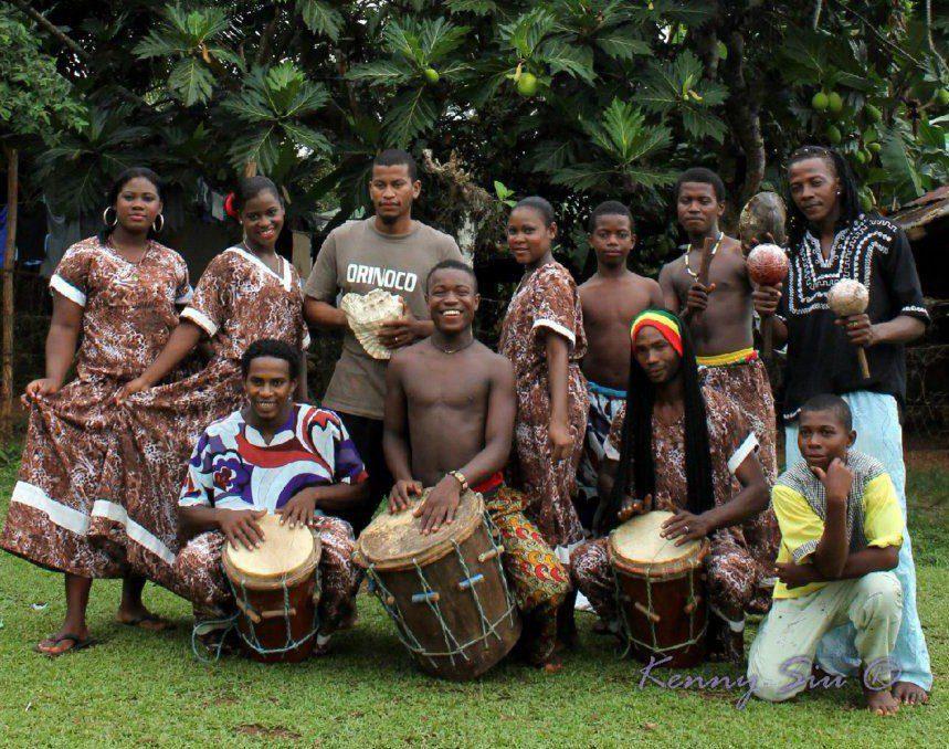 Danza tradicional Plat Pole de la comunidad afrodescendiente