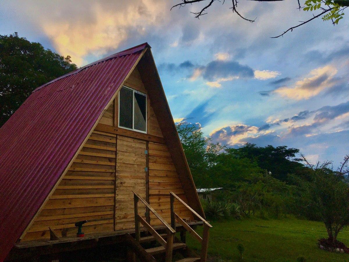Chalet Piedra Gorda hospedaje familiar Lamaní