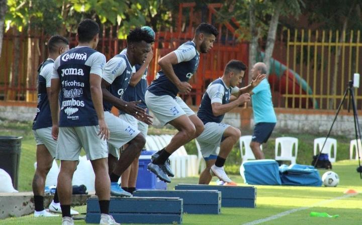 Primer entrenamiento de Honduras previo al juego ante Canadá