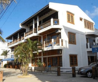Hotel y Restaurante Cesar Mariscos, el amor por el buen comer