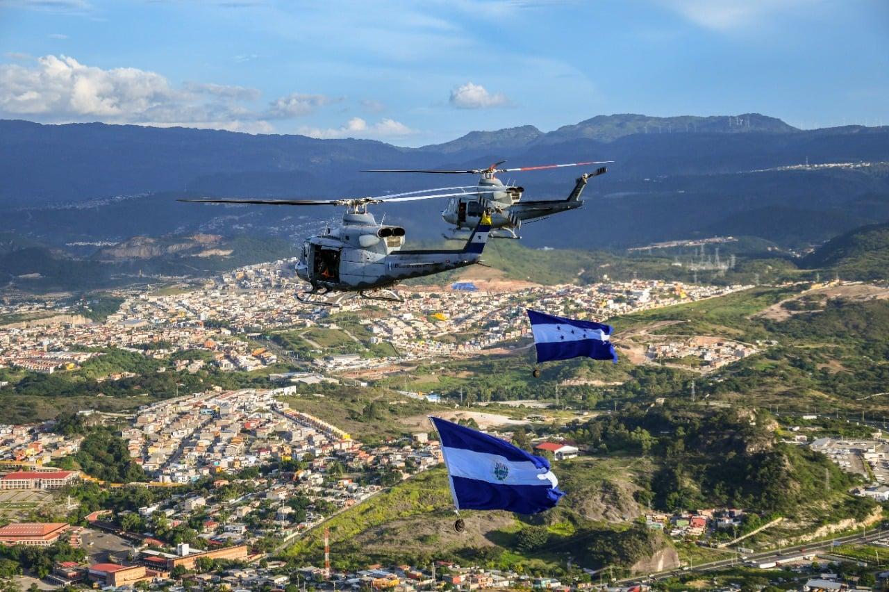 Fuerza Aérea de Honduras se lucen en el Bicentenario