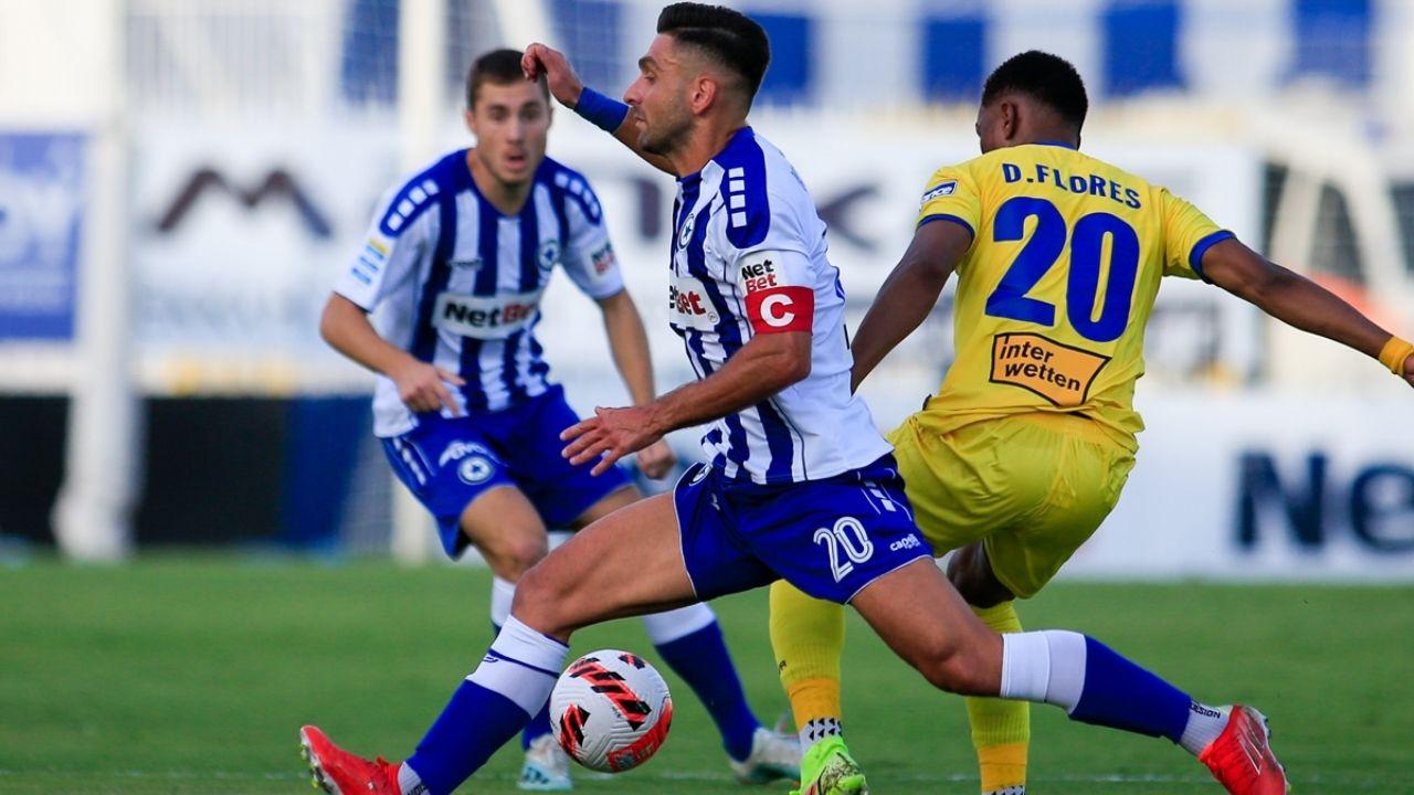 Deiby Flores hace su debut en la Super Liga de Grecia con el Panetolikos