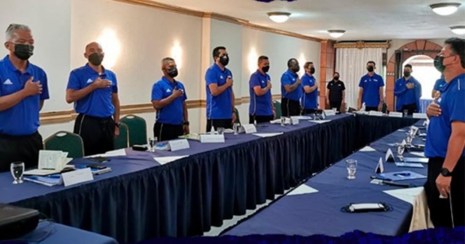 FENAFUTH inaugura curso «Formador de Formadores» para entrenadores