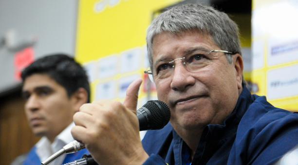 Fenafuth anuncia presentación oficial del «Bolillo» Gómez