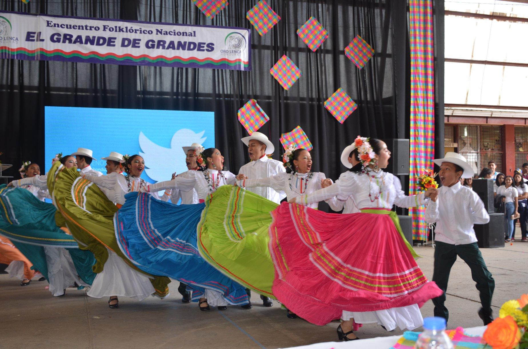 Festival de Danzas Folklóricas Grande de Grandes será este 9 de octubre