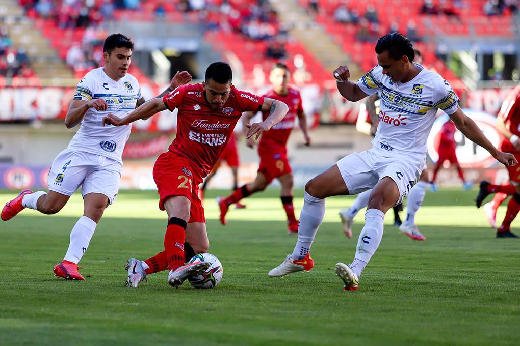 Denil Maldonado marca su primer gol con el Everton de Chile