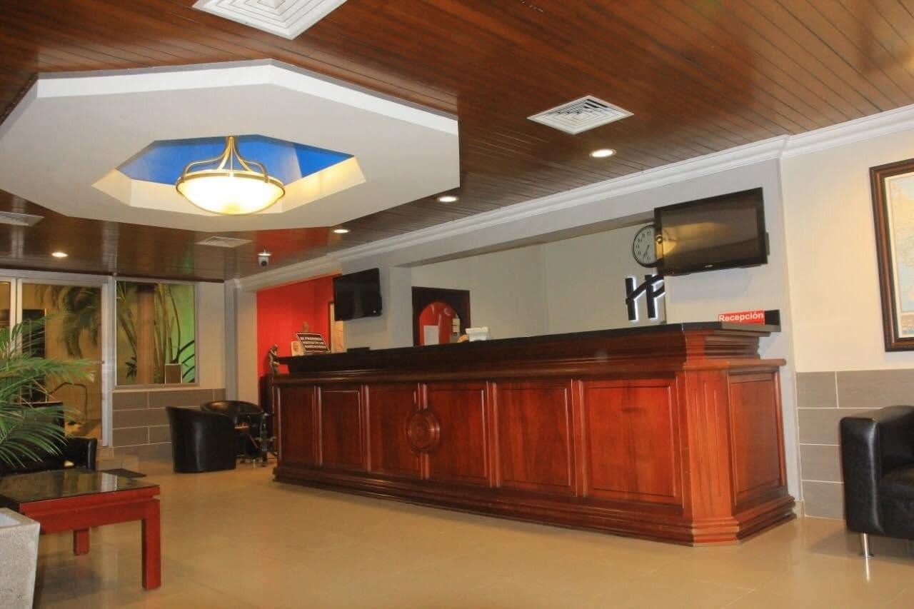 Hotel Plaza Victoria en la ciudad de El Progreso