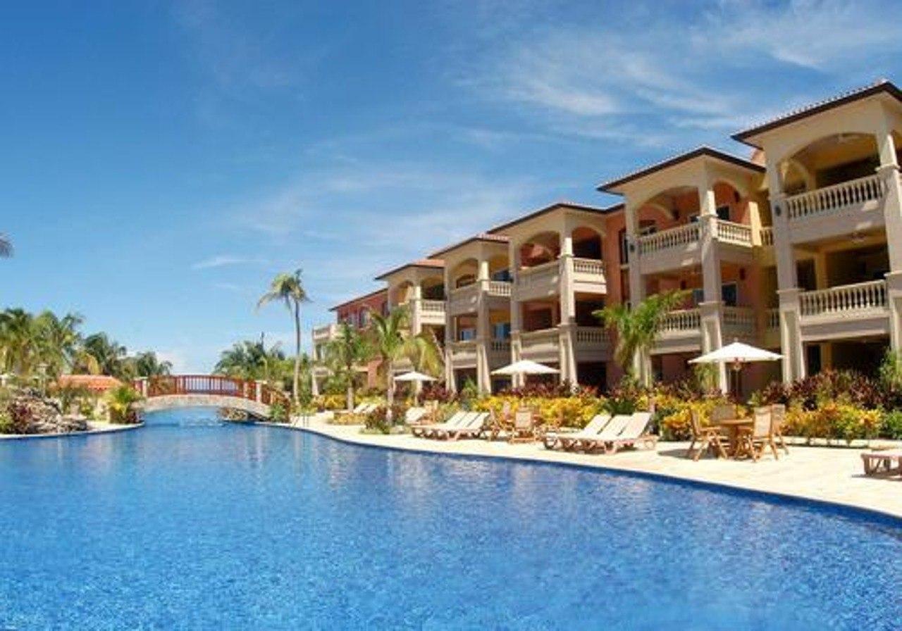 Infinity Bay Spa and Beach Resort paraíso en la Isla de Roatán