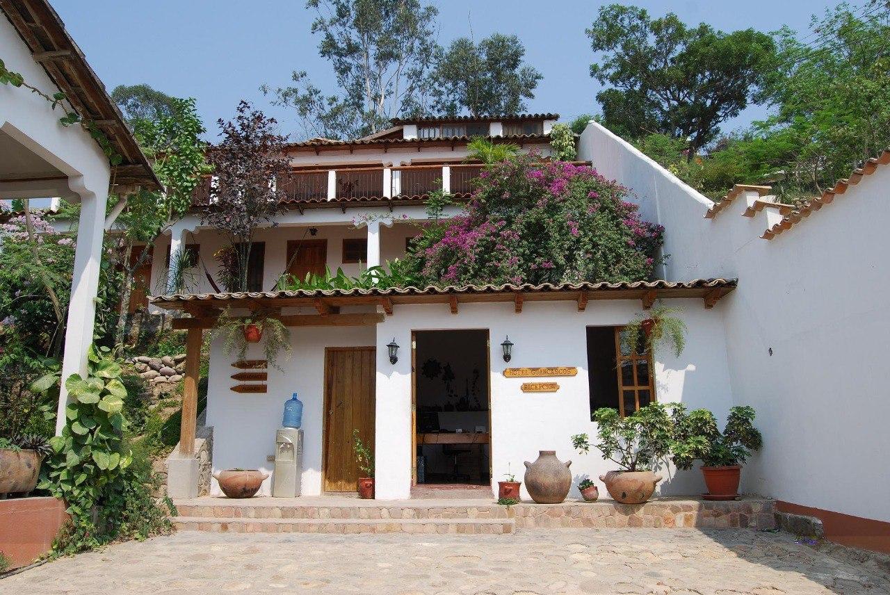 Hotel y Restaurante Guancascos en la ciudad colonial de Gracias