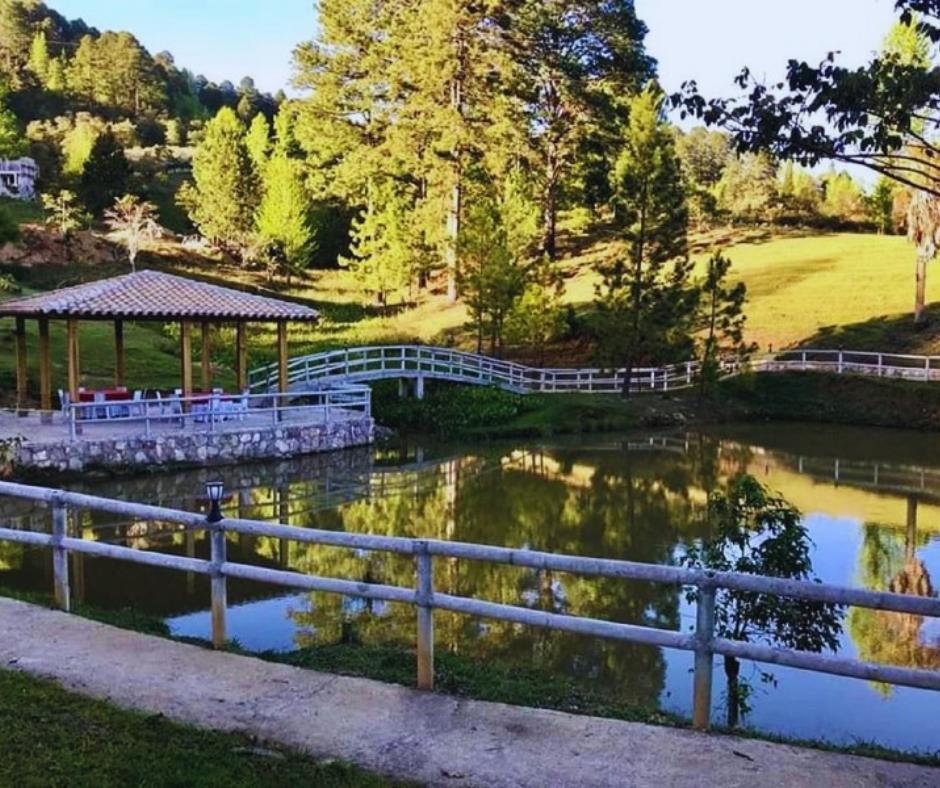 Hotel y Cabañas Ros, en la naturaleza en Valle de Ángeles