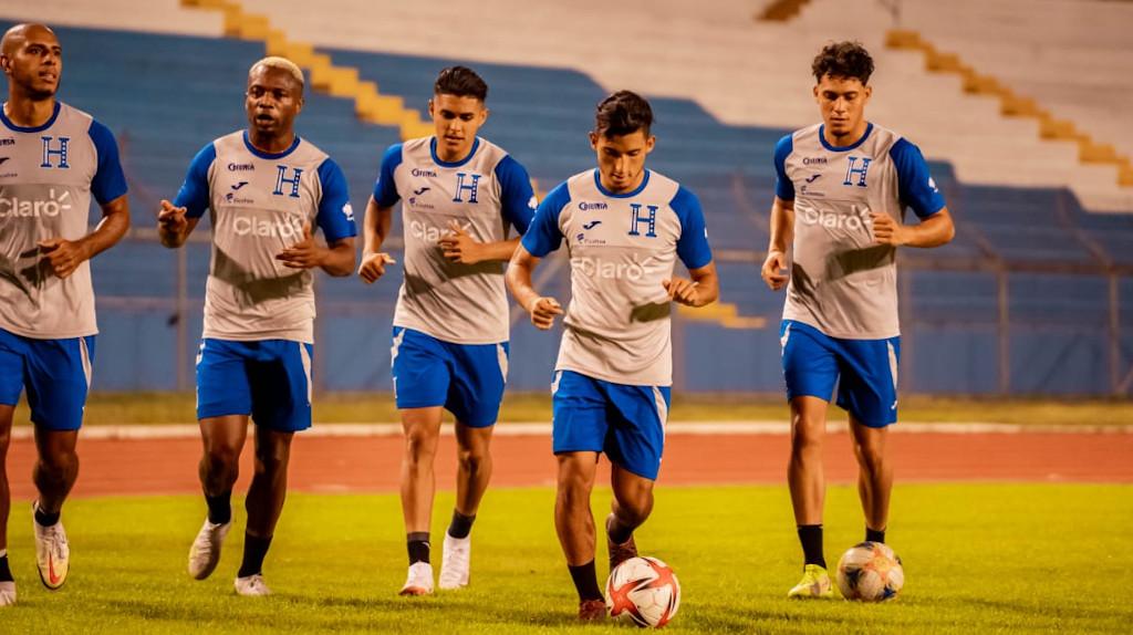 Doble jornada de entrenamiento de la Selección de Honduras