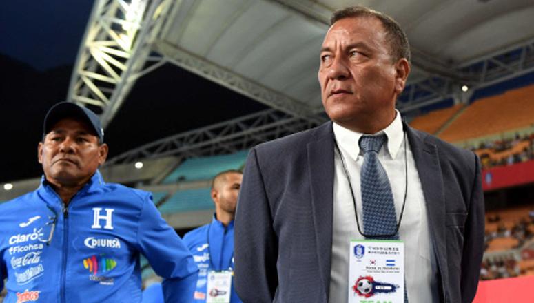 «Bolillo» tendrá a Carlos Tábora como su asistente con Honduras
