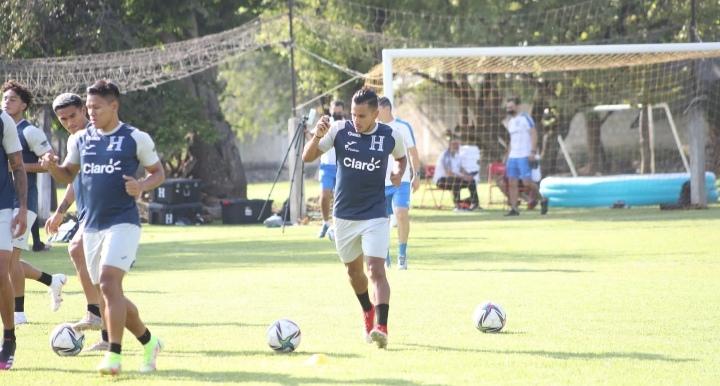 Selección de Honduras finaliza su último entrenamiento en Cuernavaca