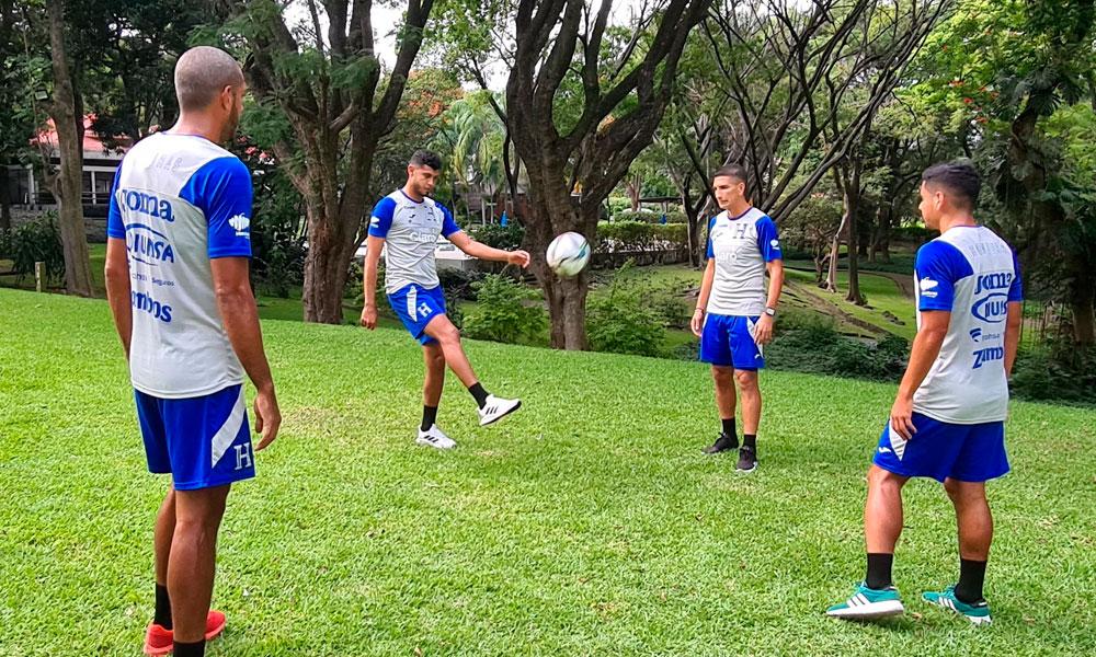 Selección de Honduras entrena en la Ciudad de Cuernavaca, México